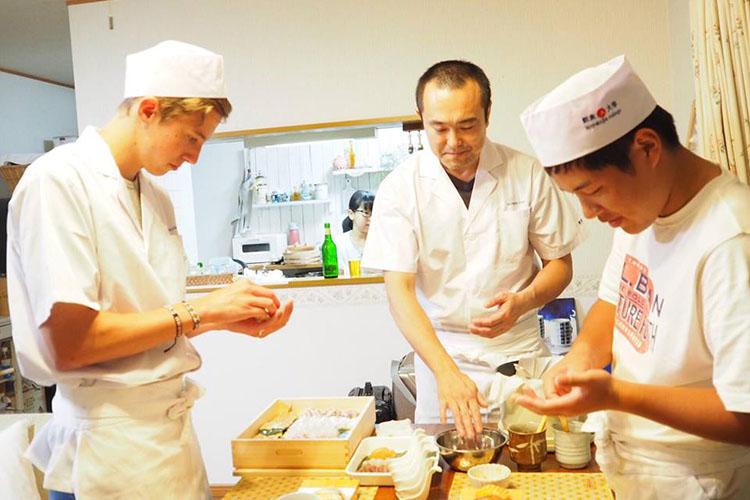 握り寿司教室@Kina Village